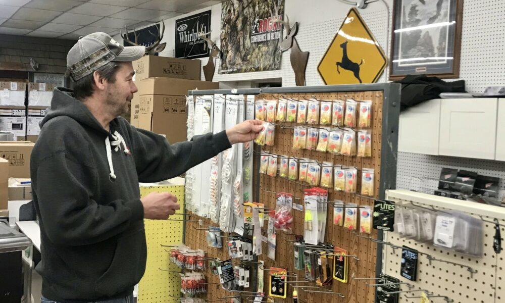 Evansville Hardware & Hank's Off-Sale